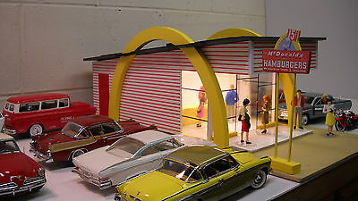 McDonald's Vintage diorama 60's-70's 1/24th 1/25th scale model cars item Wow!!!