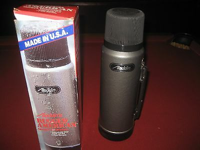 Vintage Stanley Aladdin's Rugged AmericanQUART THERMOS  Made USA