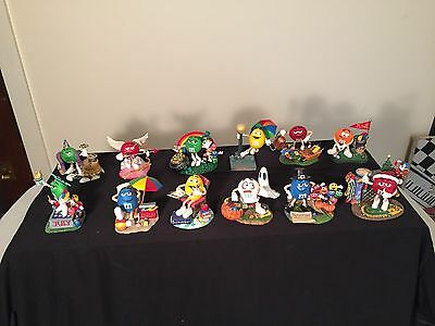 Danbury Mint M&M's Perpetual Calendar with 12 M&M Figurines - Collectible!