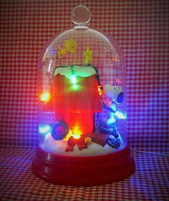 PEANUTS SNOOPY Christmas DOME Putting Lights on Doghouse Kurt Adler LIGHT UP NEW
