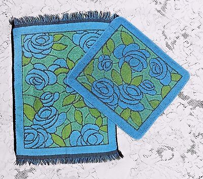 VINTAGE 1960's BLUE AND GREEN SCULPTED HAND TOWEL AND WASHCLOTH CALLOWAY