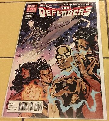 The Defenders #2 NM 2nd Second Printing Variant Cover marvel Netflix Iron Fist