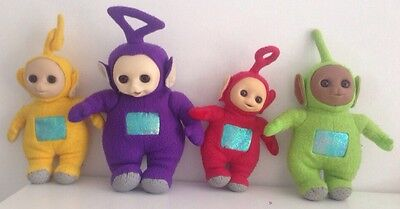 Set Of 4 Large 1996 Teletubbies Closing Eyes Original Golden Bear Plush Dolls