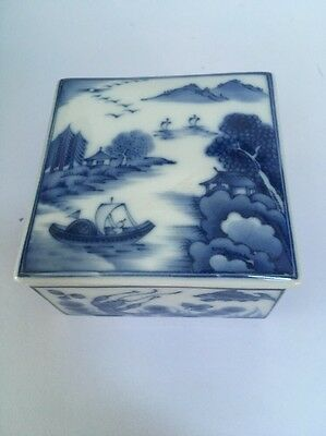 Fine Chinese Square HandPainted Blue White Porcelain Trinket Box MARKED