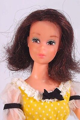Vintage MOD BARBIE FRANCIE QUICK CURL Doll in ORIGINAL OUTFIT #4222 1973