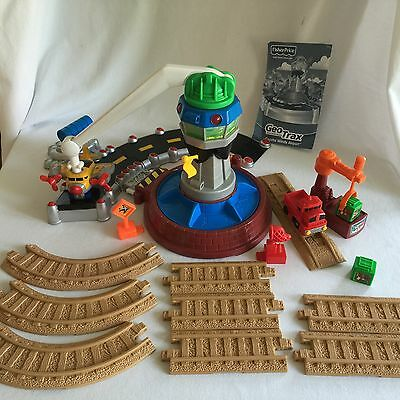 Fisher-Price GeoTrax G5760 Coastal Winds Airport w/ Extra Track