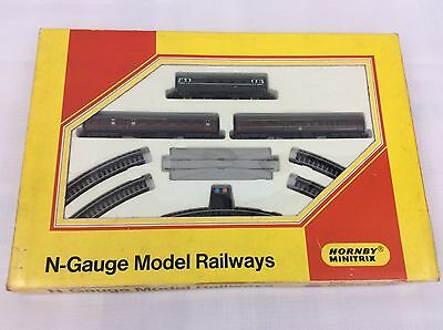 Hornby Minitrix N102  passanger set -    N Gauge - tested and works fine