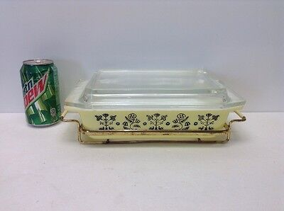 Yellow Casserole Vtg Pyrex W CRADLE AND SPACE SAVER LID 575-B 2QT