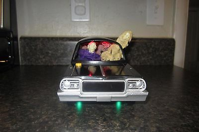 """Gemmy industries Musical HEARSE car with skeleton passengers 11"""" Rare"""