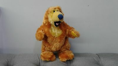 Bear In The Big Blue House dancing and singing