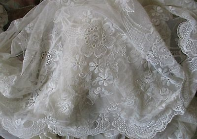 """Wide Length of Vintage Cream Machine Lace with One Scalloped Edge - 4M  x 32""""L"""