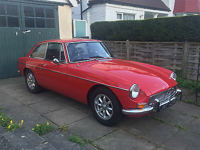 1975 MGB GT with overdrive