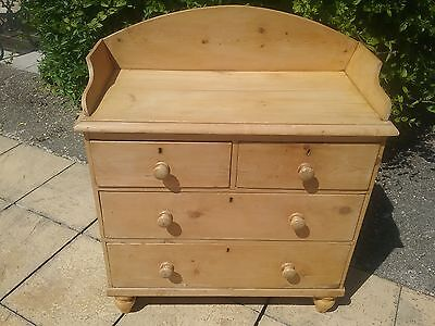 Victorian Chest of Drawers in Pine / Baby Changing top