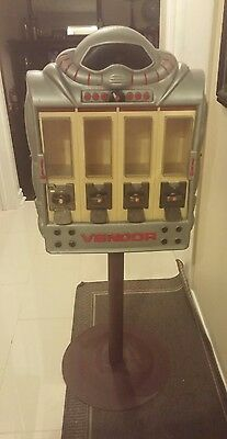 Ultra Rare Vendall Corporation Robot Candy Machine/Despenser - great condition!
