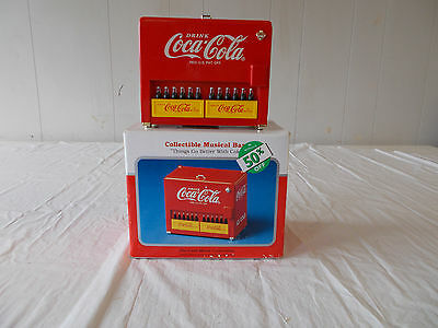 1997 Diecast Drink Coca-Cola Die Casting Vending Machine Musical Coin Bank