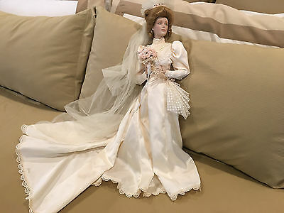 """Franklin Heirloom Mint The Gibson Girl Bride Doll 22"""" Porcelain Doll With Stand"""