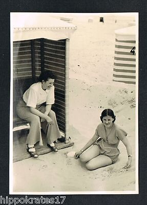 PHOTO vintage FOTO, Frau Dame Strandkorb lady woman beach femme plage /102