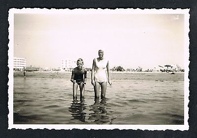 FOTO vintage PHOTO, Frau Bademode Strand, swimwear woman beach, plage femme /46b