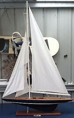 Endeavour America's Cup Model Yatch Ship Boat 134CM High 1340mm 90CM Long 900mm