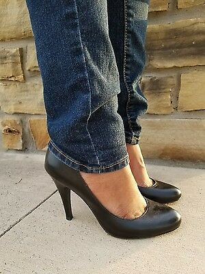 Solid Black Pumps 4 inch Heels Size 6.5 Womens Casual