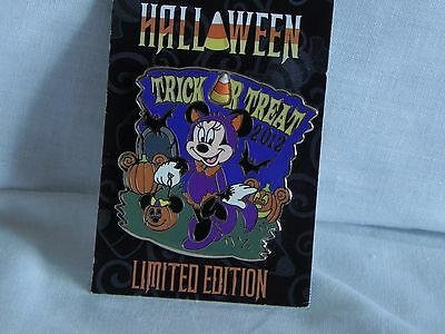 Disney Halloween Trick or Treat Minnie Mouse Limited Edition (of 2000) pin