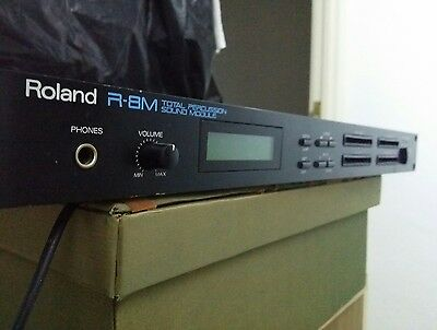 Lote Roland R-8M Total Percussion Sound Module + 2 Sounds Library Cards