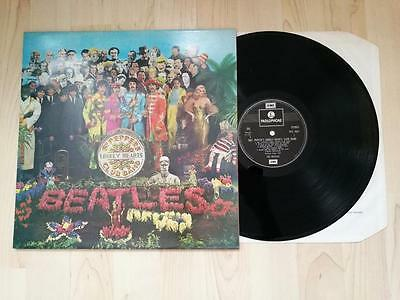 THE BEATLES Sgt. Peppers Lonely Hearts Club Band LP Parlophone PCS 7027 UK 1967
