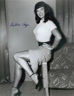 """Bettie Page 8x10 Signed Autograph Reprint """"Mint"""" {FREE SHIPPING}"""