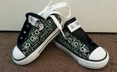 Converse Kids Sneakers Size 5 US & UK New without Box