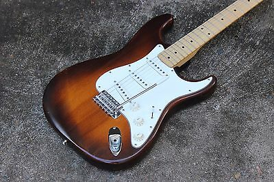 1977 Greco Super Sounds Stratocaster Electric Guitar MIJ Japan w/Hard Case