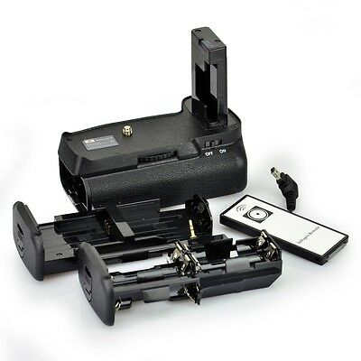 DSTE Battery Grip with Remote For Nikon D3300 D3100 D3200 SLR Camera