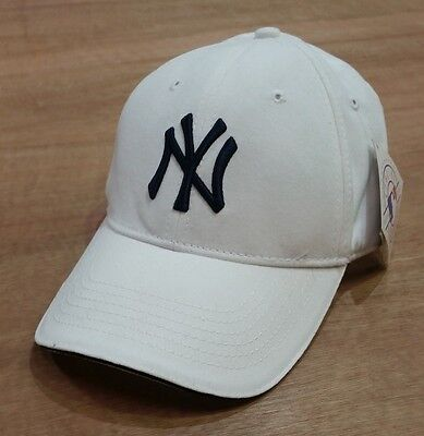 New York Yankees - Vintage 90's White Adjustable MLB Baseball Cap - New & Tags