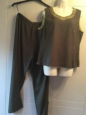 JACQUES VERT SAGE GREEN 2 PIECE TOP AND TROUSER SUIT, Size 16