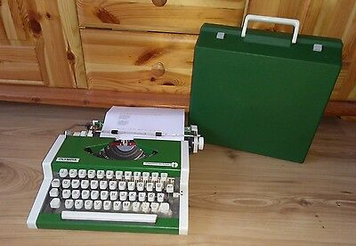Olympia Traveller De Luxe Green Space Age Unis Tbm German Layout Eu
