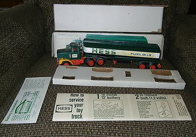 1977 Hess Oil Tanker Truck With Original Box