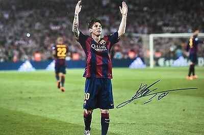 Barcelona Lionel Messi Original Hand Signed Photo 30x20cm With COA