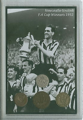Newcastle United The Magpies Vintage FA Cup Final Winners Coin Fan Gift Set 1952