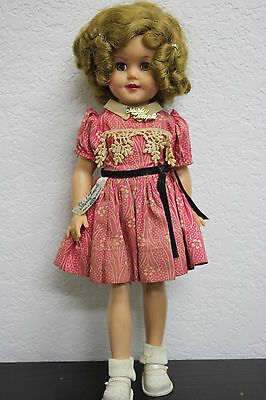 """Shirley Temple Doll Ideal Toy Corp - 1957 - ORIGINAL CLOTHING - 15"""" INCHES"""