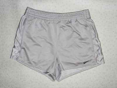 Size S vintage 90s Nike baggy sports running football shorts silver grey (HY68)