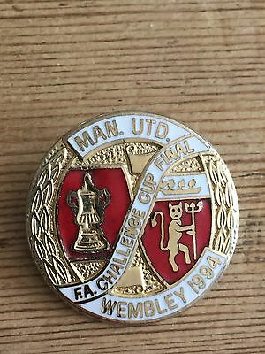 Manchester United 1994 Cup Final Badge Football Collect