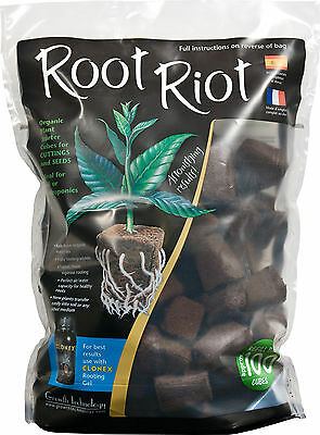 Root Riot Propagation Cubes Bag Of 100 & Clonex Mist Ready To Use Spray-100Mls
