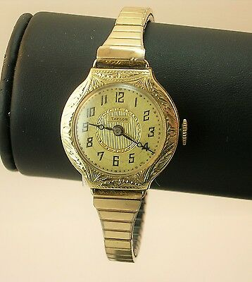 Taylor 14k solid Gold vintage Ladies watch - rare !!