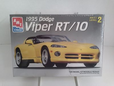 AMT ERTL 1995 DODGE VIPER RT/10 1:25 Scale - SEALED