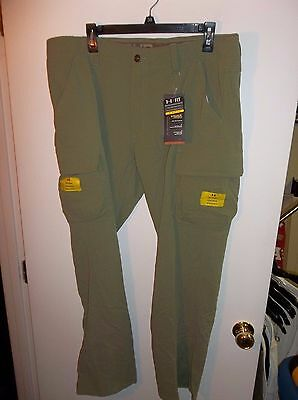 NWT Mens 38x32 Under Armour Storm Water Resistant Cargo Hunting Pants $99.99