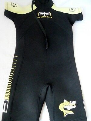 The Wetsuit Factory Banana Bite Boys Girls Shortie Wet Suit Size 2 5-6 Years
