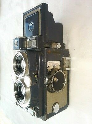 Vintage YASHICA 44 LM TLR Camera Twin Lens Reflex with lenses, filters and case.