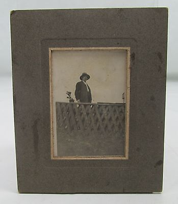 GENTLEMAN WITH GOLF CLUBS ANTIQUE PHOTOGRAPH c.EDWARDIAN VINTAGE GOLFING PHOTO