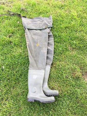 Pro Logic Road Sign Chest Wader Size 10