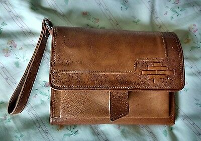 Tan leather pigskin man bag wallet unisex purse pouch folio with wrist strap