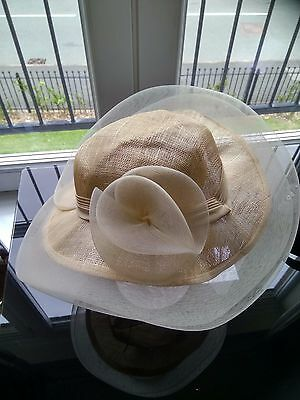 Ladies Large Beige Ivory Cream Wedding Hat Church Hat Mother of the Bride C&A